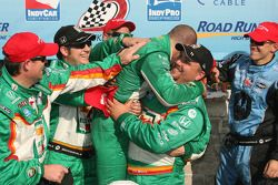 Podium: race winner Tony Kanaan celebrates