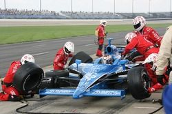 Pitstop for Sarah Fisher