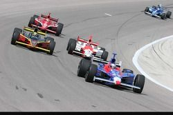 Marco Andretti, Vitor Meira, Helio Castroneves et Dan Wheldon