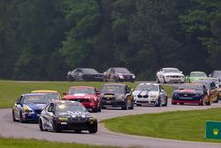 GS start: #45 Fall-Line Motorsports BMW M3 Coupe: Al Carter, Hugh Plumb aan de leiding