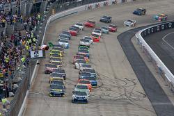 Départ : Jimmie Johnson, Hendrick Motorsports Chevrolet en tête