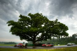 Starworks Motorsport Ford Riley : Alex Popow, Enzo Potolicchio; Autohaus Motorsports Camaro GT.R :