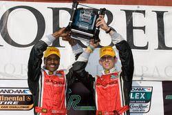 GT podium: winnaars Bill Lester en Jordan Taylor