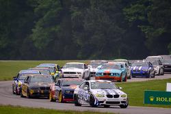 Start: #48 Fall-Line Motorsports BMW M3 Coupe: Charles Espenlaub, Charles Putman