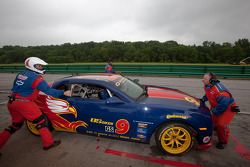 Pitstop #9 Stevenson Motorsports Camaro GS.R: Matt Bell, John Edwards