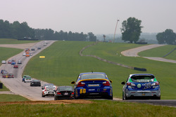 #80 BimmerWorld Racing BMW 328i: Bill Heumann, David White, #28 Freedom Autosport Mazda Speed 3: Nic