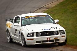 #87 Jomac Racing Ford Mustang GT: Rich Jones, Ryan McManus