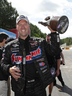 Jason Line wint Southern Nationals