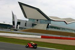 Valentino Rossi tests the new Ducati 1198