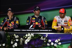 Pole winner Mark Webber, Red Bull Racing, second place Sebastian Vettel, Red Bull Racing, third plac