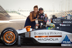 Front row photoshoot: pole winner Alex Tagliani, Sam Schmidt Motorsports with wife Bronte