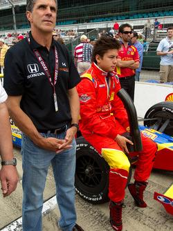Sebastian Saavedra, Conquest Racing with Roberto Guerrero