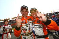GT300 winnaars Kazuki Hoshino, Hiroki Yoshimoto