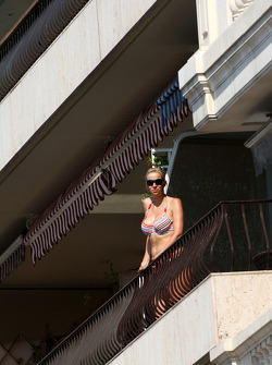 A lady on a balcony