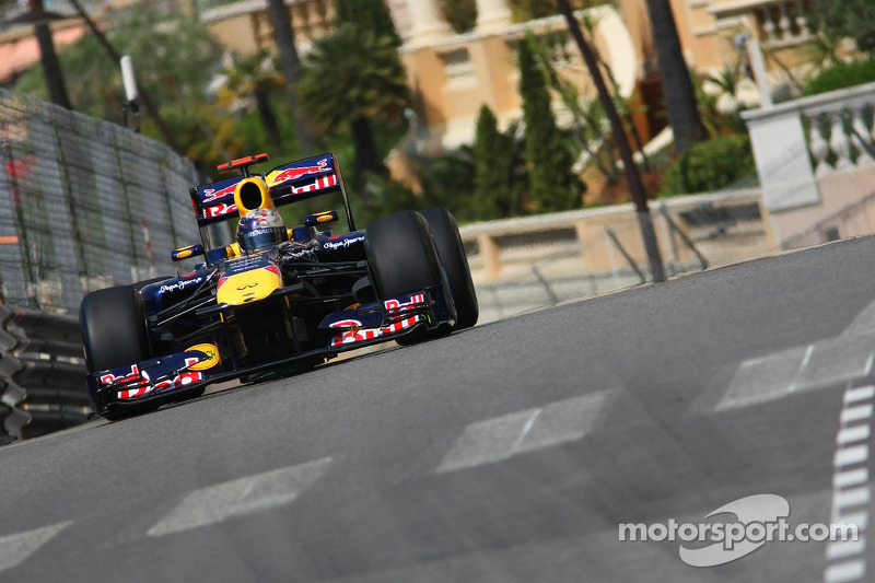2011: Ganador de la carrera Sebastian Vettel (Red Bull-Renault RB7)
