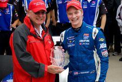 Victory lane: race winnaar Josef Newgarden, Sam Schmidt Motorsports