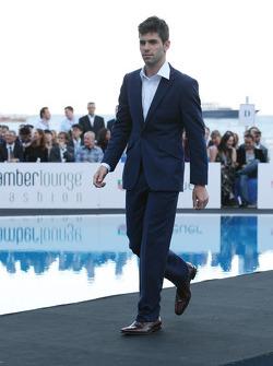 Jaime Alguersuari, Scuderia Toro Rosso Amber Lounge Fashion