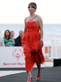 kız arkadaşı, Vitantonio Liuzzi, Francesca Caldarell, Amber Lounge Fashion