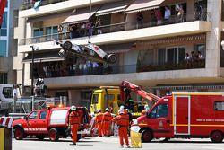 El auto después del accidente de Sergio Pérez, Sauber F1 Team