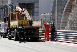 Reparaciones después del accidente de Sergio Pérez, Sauber F1 Team