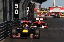 Sebastian Vettel, Red Bull Racing ve Fernando Alonso, Scuderia Ferrari