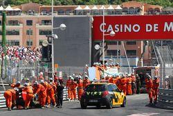 Choque de Vitaly Petrov, Lotus Renault GP