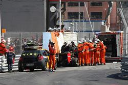 kaza, Vitaly Petrov, Lotus Renault GP
