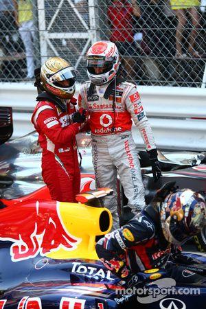 Fernando Alonso, Sebastian Vettel, Red Bull Racing, Scuderia Ferrari con Jenson Button y McLaren Mer