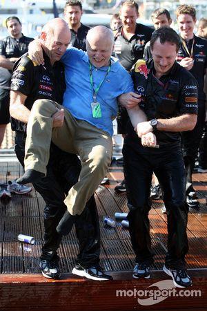 Adrian Newey, Red Bull Racing, Director de operaciones técnicas, Norbert Vettel, Red Bull Racing, Ch