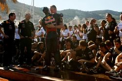 Adrian Newey, Red Bull Racing, Director de operaciones técnicas y Sebastian Vettel, Red Bull Racing,
