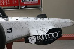 Oil covers the front of the Buddy Rice, Panther Racing machine