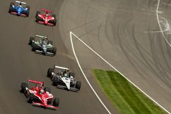 Scott Dixon, Target Chip Ganassi Racing and Alex Tagliani, Sam Schmidt Motorsports battle for the le
