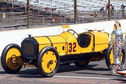 El coche ganador de 1911 Marmon Wasp de Ray Harroun
