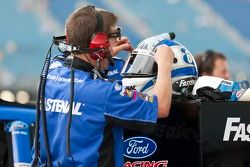 Carl Edwards team prepare his helmet