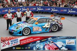 #81 Flying Lizard Motorsports Porsche 911 RSR: Seth Neiman, Darren Law, Spencer Pumpelly