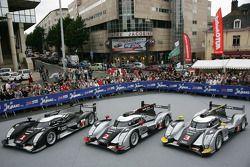 Los autos Audi Sport Team Joest Audi R18 TDI