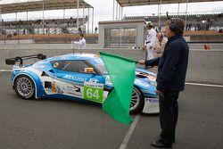 #64 Lotus Jetalliance Lotus Evora: Oskar Slingerland, Martin Rich, John Hartshorne pakt groene vlag