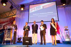 ACO persconferentie: professor Yoshimasa Hayashi krijgt Spirit of Le Mans award