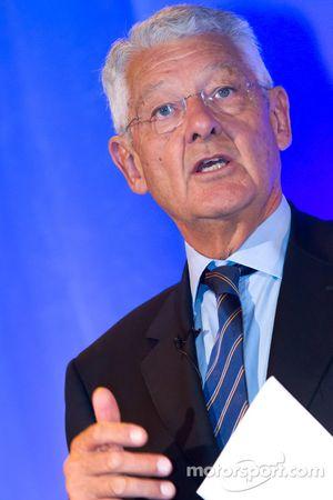 ACO persconferentie: ACO President Jean-Claude Plassart