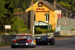 #5 Hope Racing Oreca Swiss Hy Tech-Hybrid: Стив Заккиа, Ян Ламмерс и Каспер Элгард, #80 Flying Lizard Motorsports Porsche 911 RSR: Йорг Бергмайстер, Патрик Лонг и Лукас Лур