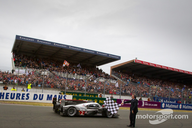 2011 - Audi R18 : Marcel Faessler, Andre Lotterer, Benoit Treluyer