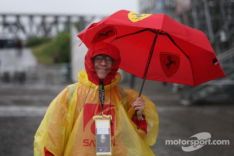 Montreal foi o palco da corrida mais longa da história da F1, no ano de2011. Por causa da forte chuva, o GP durou 4h4min39seg contando com uma longa paralisação com bandeira vermelha. Desde então, a F1 estabeleceu que o máximo que uma prova pode durar é quatro horas
