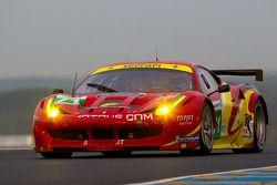 #71 AF Corse Ferrari 458 Italia: Роберт Кауфман, Майкл Уолтрип, Руи Агуаш