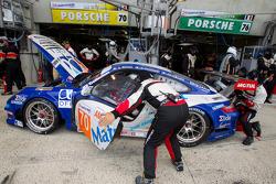 Pitstop #70 Larbre Competition Porsche 911 RSR: Christophe Bourret, Pascal Gibon, Jean-Philippe Bell