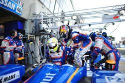 David Hallyday en Dominik Kraihamer practice pitstops