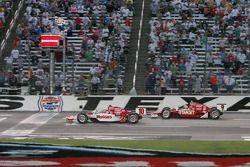 Dario Franchitti, Scott Dixon, Target Chip Ganassi Racing take the checked flags