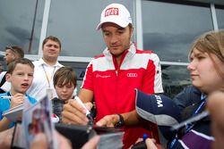 Timo Scheider, Audi Sport Team Abt signs autographs