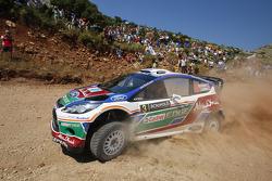 Mikko Hirvonen y Jarmo Lehtinen, Ford Fiesta RS WRC, BP Ford Abu Dhabi World Rally Team