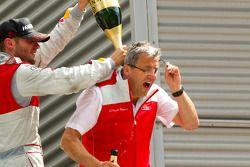 Podium: race winner Martin Tomczyk, Audi Sport Team Phoenix celebrates with champagne