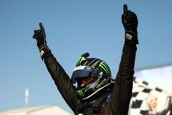 Shane van Gisbergen pakt overwinning Hidden Valley Raceway